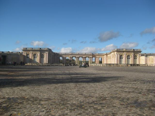Grand Trianon + golf cart